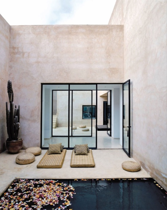Exotic relaxing space in Maison Palmeraie, Marocco