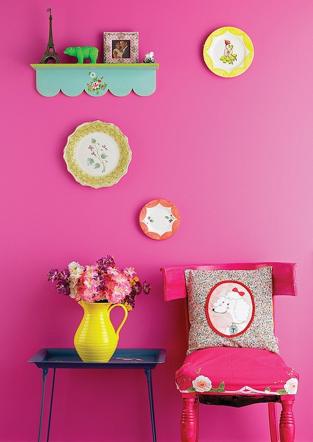 Kitsch in hot pink