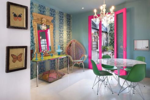 Matthew Williamson - Hot pink window!