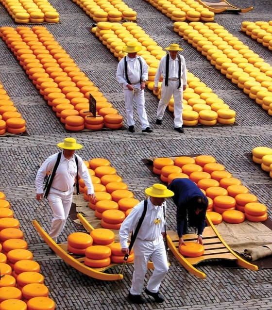 Cheese market, Gouda, Holland