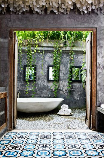 Tropical bathroom in an outdoor extension of the house