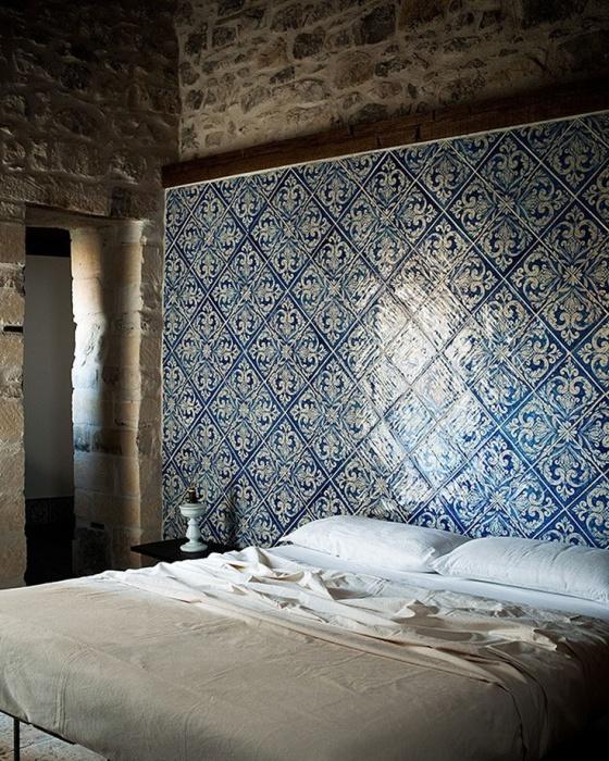 Beautiful headboard, Casa Talia, Italy