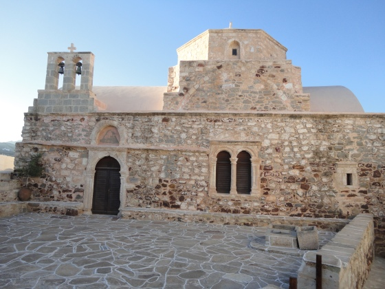 Kimolos church_mbf