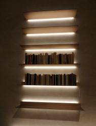 Linear and super minimal shelving unit at Rimadesio