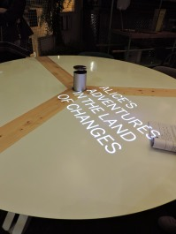 Cool messages on the meeting table by Officine Tamborrino