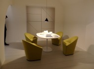 arper small meeting room or even a dinning room